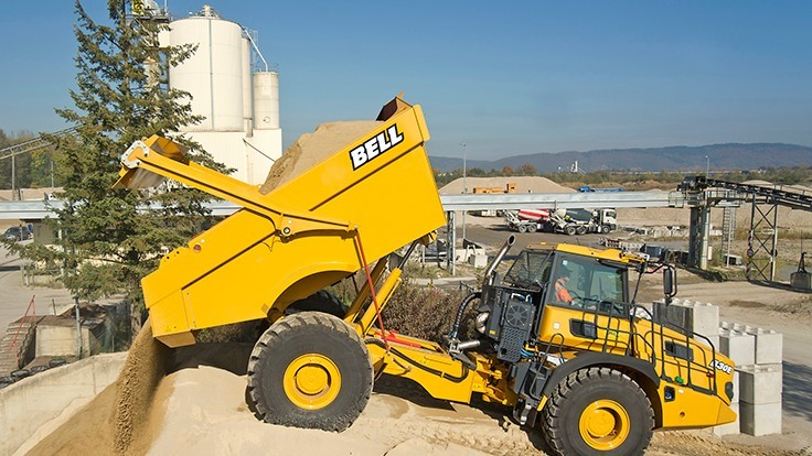 Bell introduces 4x4 articulated dump truck for small and medium sized facilities