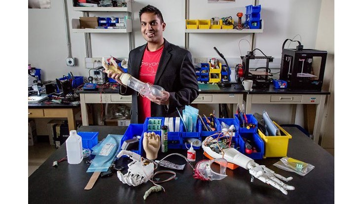 Prosthetic arms provide sensory feedback
