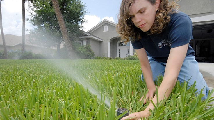 University of Florida survey: Homeowners want to keep their lawns lush and conserve water