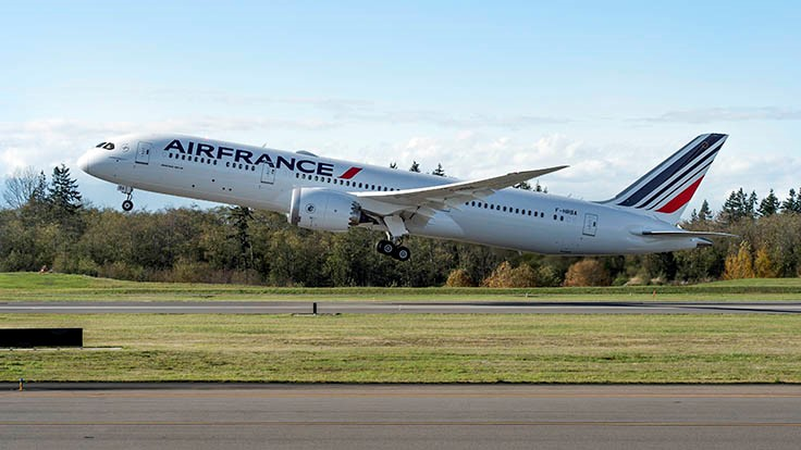 Boeing, AerCap celebrate delivery of Air France's first 787