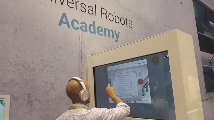 Universal Robots's Academy e-learning modules