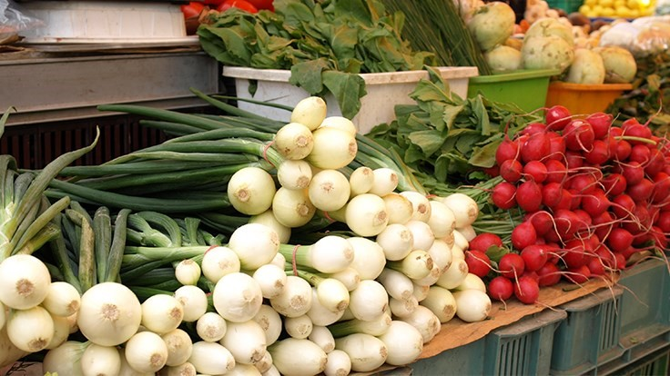 Long Beach, California considering accepting EBT cards at farmers markets
