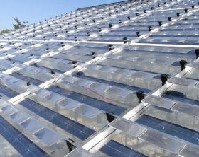 Researchers investigate solar panels for greenhouses