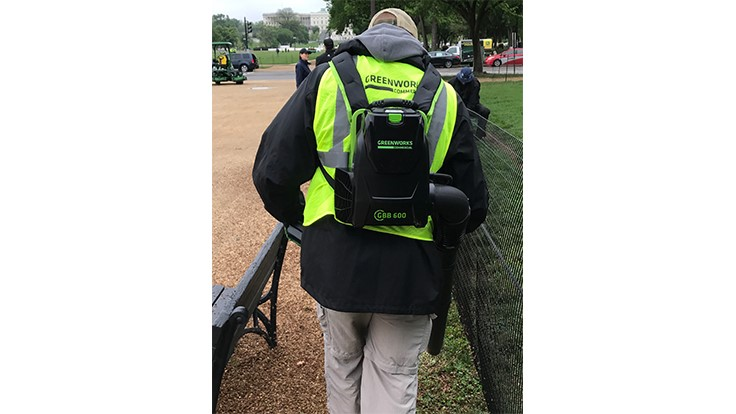 Greenworks Commercial participates in National Mall service project
