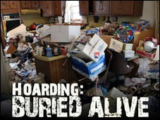 Video: Roaches Take Over Home on TLC's 'Hoarding: Buried Alive'