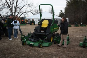 Deere welcomes landscapers