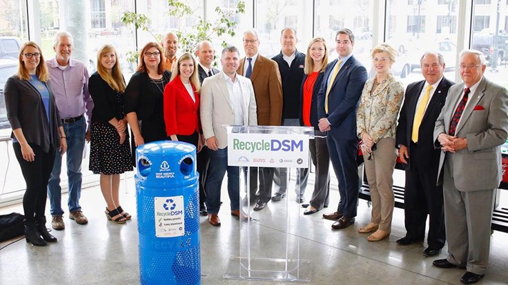 Downtown Des Moines, Iowa, adds more recycling bins