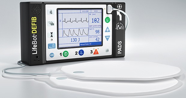 Advanced cardiac resuscitation for mobile integrated healthcare