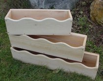 Scalloped cedar window boxes