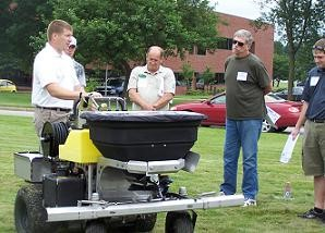 Seminar covers chemical runoff, grub control