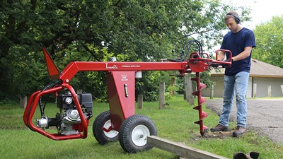 Towable Hydraulic Earth Drill