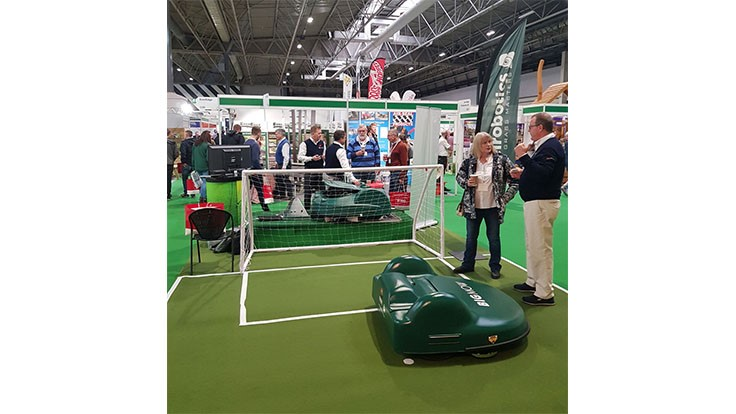 Automated Managed Services showcases robotic mower at United Kingdom show