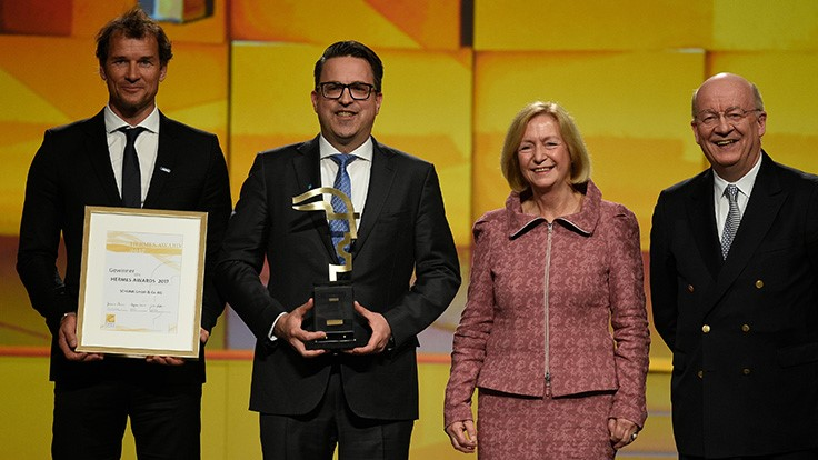 Schunk wins Hermes Award 2017 at Hannover Messe