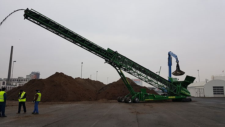 McCloskey International stacker capable of handling more than 750 tons per hour