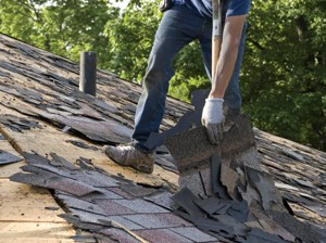 Illinois Governor Signs Law Allowing Recycled Roofing Shingles in Asphalt