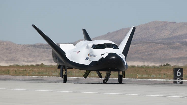 Sierra Nevada Corp.'s Dream Chaser undergoes captive carry test
