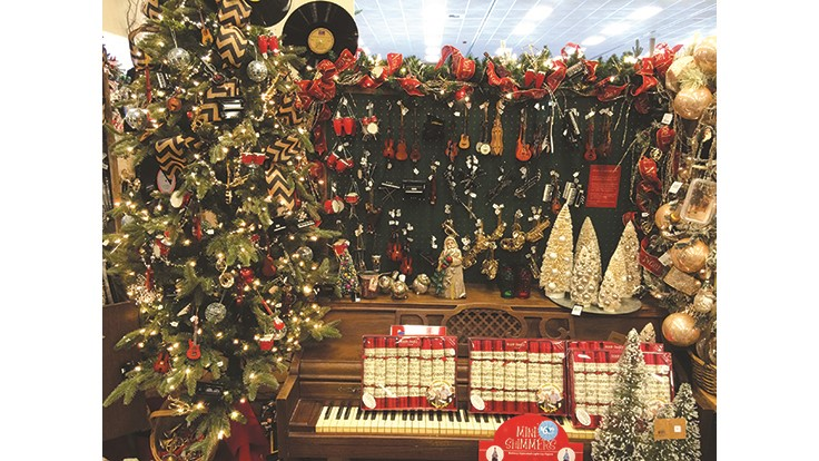 Sky Nursery's music-themed Christmas display [photo]