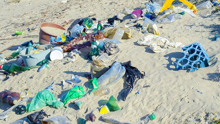P&G to create shampoo bottle from scrap plastic on beaches