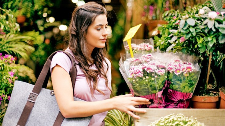 Study shows all generations buying more flowers