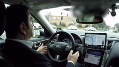 Nissan CEO Carlos Ghosn test drives autonomous Infiniti [Video]
