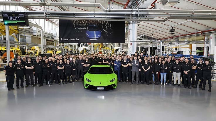 Lamborghini produces 10,000th Huracán
