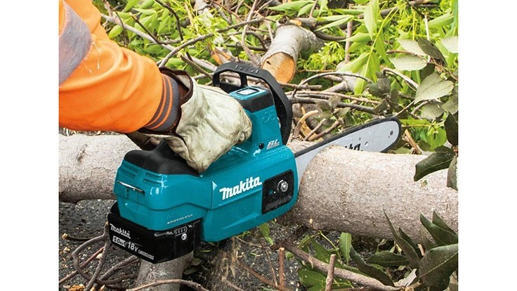 makita releases new cordless chainsaw lawn landscape. Black Bedroom Furniture Sets. Home Design Ideas