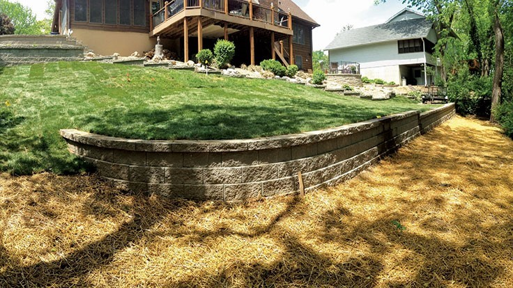 Retaining wall upkeep