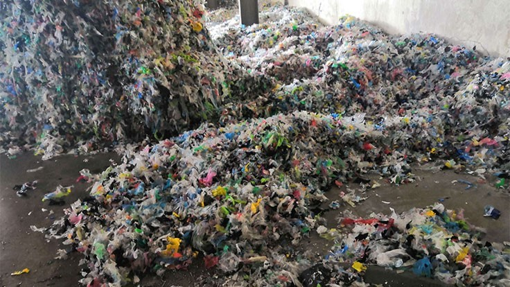 Malaysia closes illegal plastic recycling facilities - Recycling Today