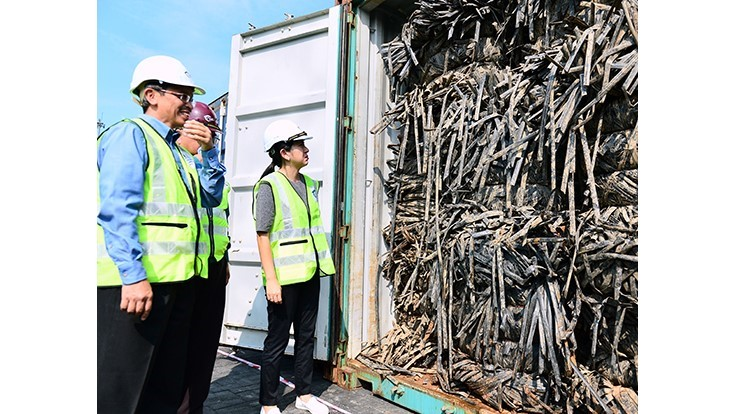 Malaysian government cracks down on unlicensed recyclers