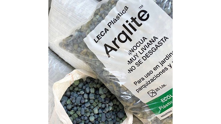 Argentina startup recycles film plastics into gravel