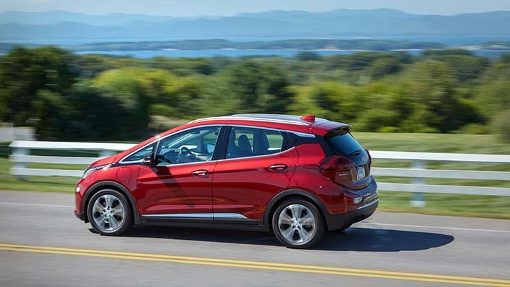 Chevy Bolt boosts range for 2020