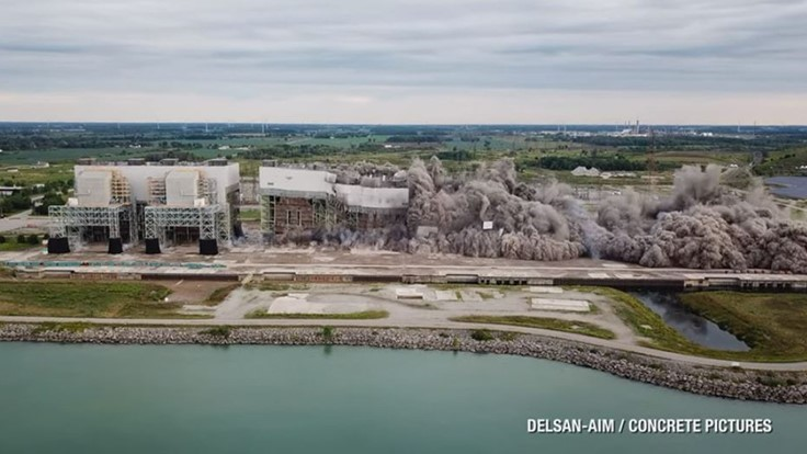Video: Former largest coal-fired plant in the world imploded
