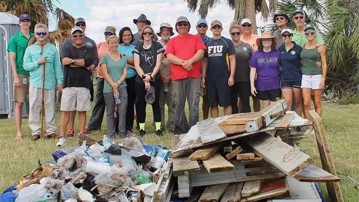 Florida recycling groups participate in marine debris cleanup