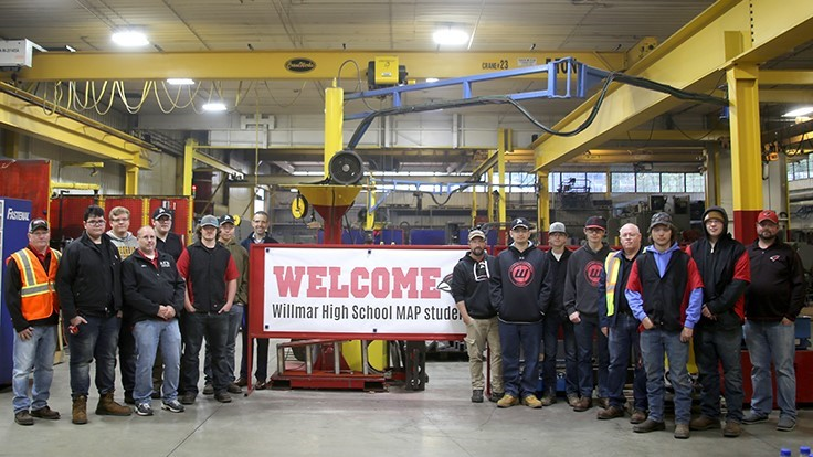 Rotochopper hosts students for facility tour