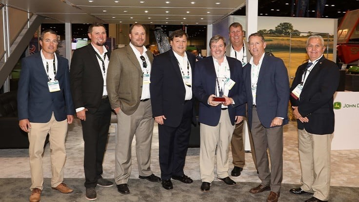 John Deere named Everglades Equipment Group as Golf Dealer of the Year