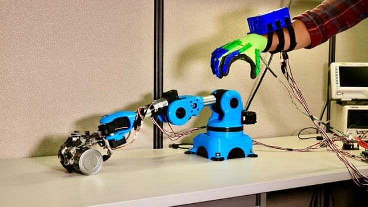 Robotic arms get a steady hand for surgeries (video)
