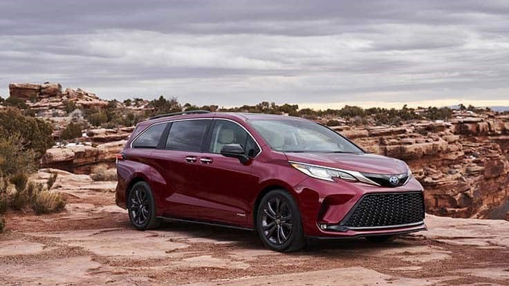 Toyota Sienna minivan, Venza crossover to be hybrid only models