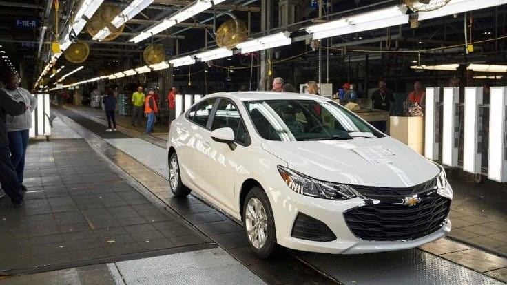 General Motors to invest in two Ohio plants, repay millions in tax breaks