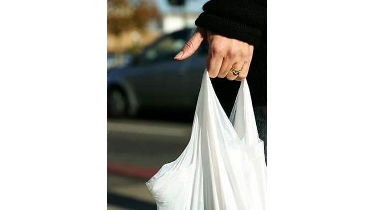Massachusetts groups push for statewide plastic bag ban to unify local regulations