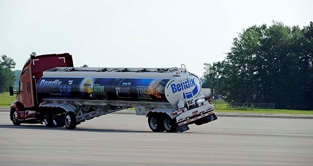 Bendix hits 400k truck stability control deliveries