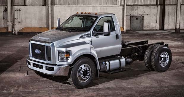 Ford unveils new F-650, F-750 trucks at Work Truck Show