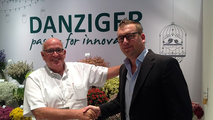 Danziger & Kolster BV sign new agreement for cut flower distribution in Europe