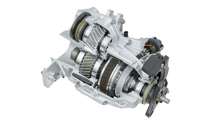 Magna makes 5 millionth transfer case for BMW