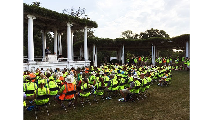 LCOs and landscapers showcase their work at Arlington Cemetery