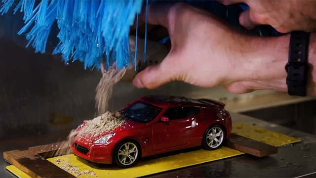 Nissan test rigs measures paint durability (Video)